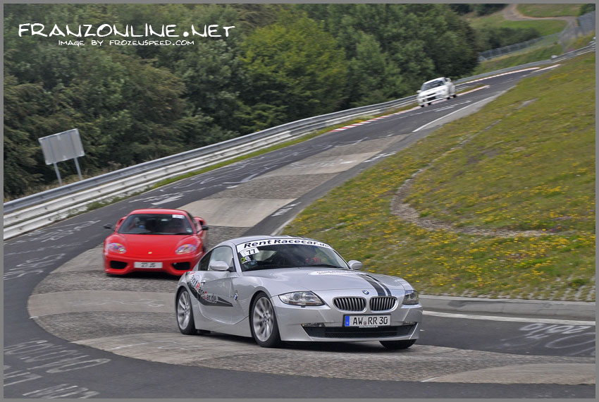 The RentRaceCar BMW Z4 at the Karussell